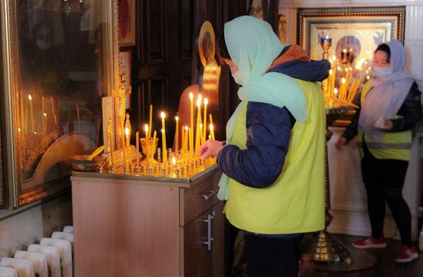 Осужденные, отбывающие наказание в учреждениях УИС Алтайского края, посетили православные храмы.